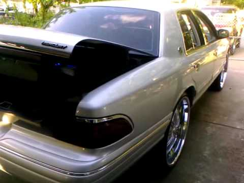 """Grand Marquis on 26""""s Pop trunk"""