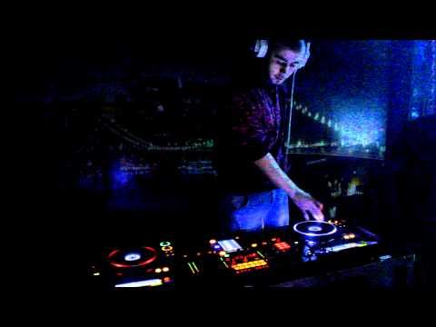 Скачать песню dj miki on air part 3