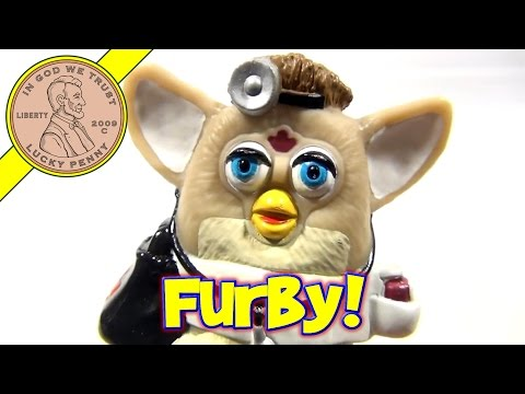 Furby Surgeon General Finger Puppet. Tiger Toys