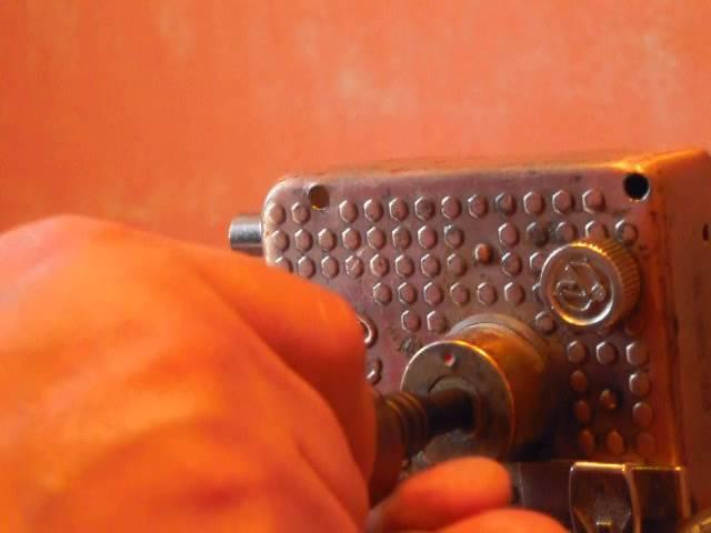 Вскрытие цилиндров Mul-T-Lock Classic т. (044) 587-51-67. Замок ВАЗ-описан