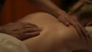 FOREPLAY TIPS FOR MEN: MASSAGE BEFORE SEX
