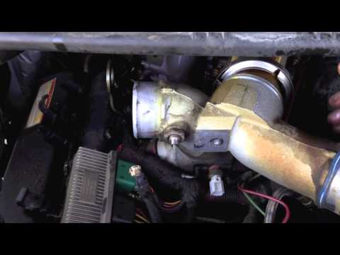 Ford 7.3 powerstroke fuel leak. (fuel line)
