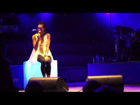 Luisa Corna live in Albisola Superiore