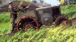 Old tractors never die! Ursus vs. Land Rover.