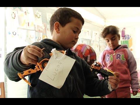 Jordan: Toys for Syrian Refugee Children