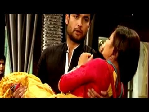 Rk & Madhubala Scene - Rk Goes Crazy On The Sets Of Madhubala Ek Ishq Ek Junoon video