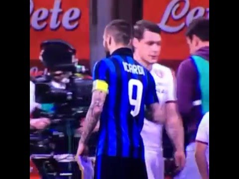 Maxi Lopez refuses Mauro Icardi handshake and instead grabs his ball