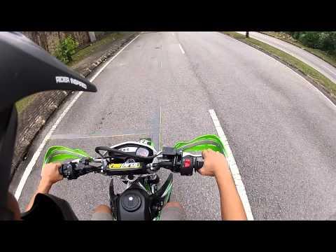 Kawasaki KLX 150 test