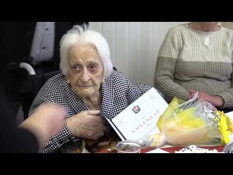 90 éves születésnap a szociban