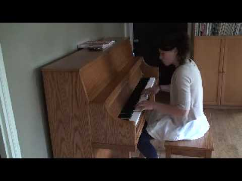 Carolena Carstens Playing Airplanes