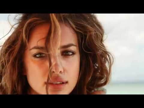 Irina Shayk Sports Illustrated Swimsuit 2011 Photoshoot