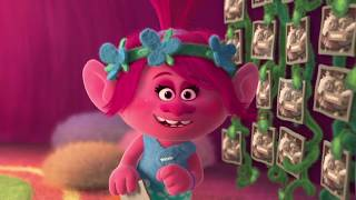 Trolls Holiday Trailer