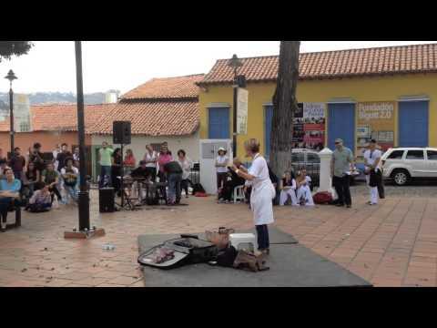 Petare Water People y Nitu Perez Osuna levantan la voz por la Democracia en Venezuela