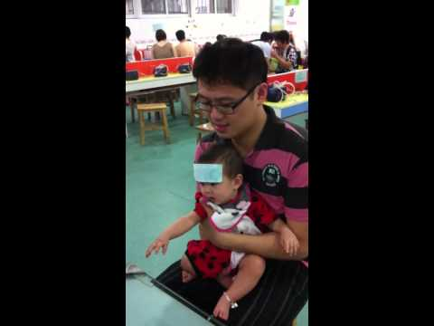 Baby see doctor in china