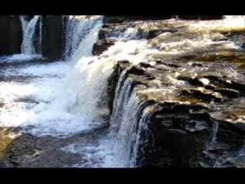 A Beautiful Naat By Hafiz Abu Bakr!!! video