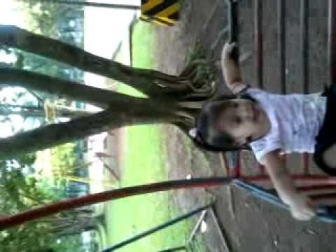 Viel Audrey B. Calibugan at The Park W  Daddy And Chileab video