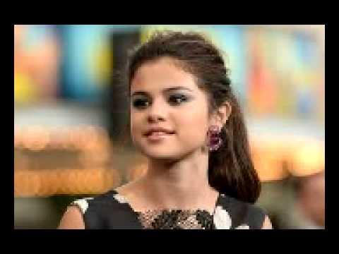 Selena Gomes vs ariana grande