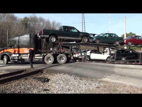 Truck stuck on RR crossing