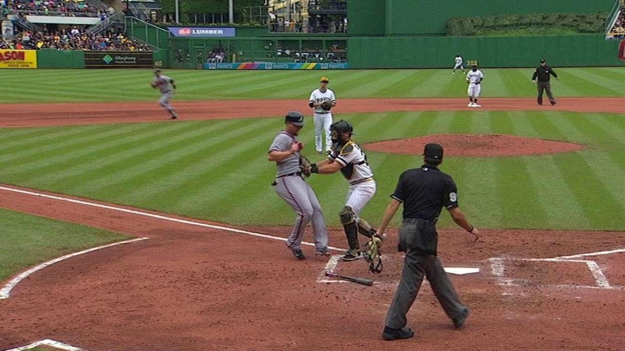ATL@PIT: Kang nabs Johnson at the plate