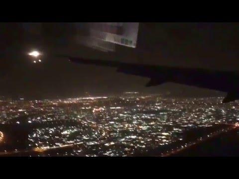 Dubai Night Landing - B777