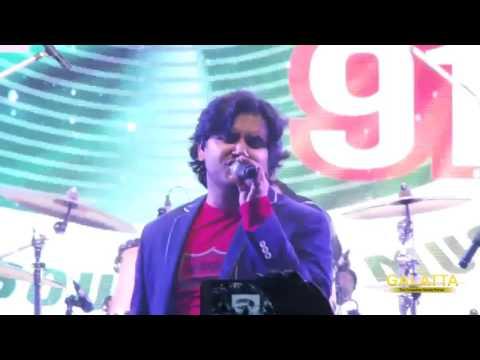Javed Ali performs Guzaarish LIVE at Chennai Forum mall