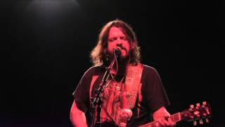 Watch Shooter Jennings The Low Road video