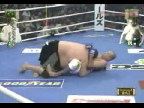 Royce Gracie vs Akebono Royce Gracie vs Akebono