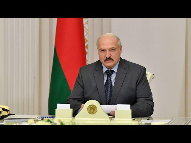 Лукашенко: Ни один белорус не должен почувствовать последствия манёвров наших соседей!