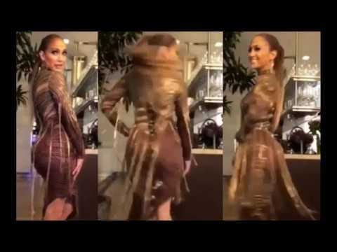 Jennifer Lopez HOT dress video! #JLO is the hottest singer ever! And the booty is bigger than life!