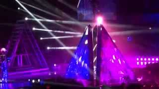 Katy Perry Video - Katy Perry - Roar - live in Riga 15.03.2015.The Prismatic World Tour.