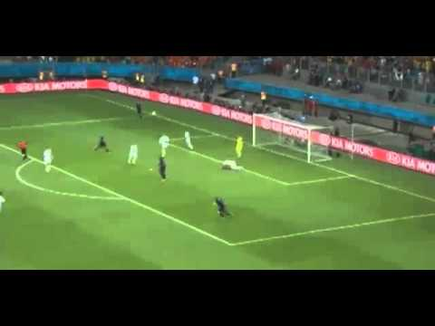 Goalkeeper Iker Casillas Amazing Duble Save - Spain Vs Netherlands 1-5 (World Cup) 13.06.2014
