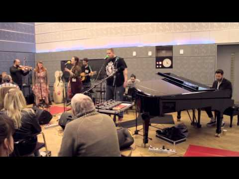 Button Eyes - Simple Days (BBC Radio 4 Loose Ends Session)