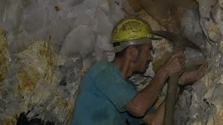 Mining for Tourmaline in Brazil