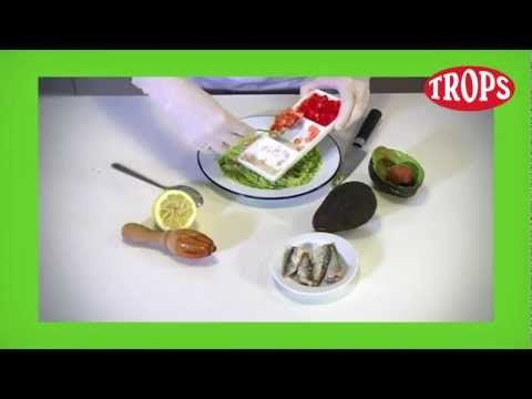 Receta de TROPS, aguacate con pipirrana y sardinillas en aceite de oliva, por Dani García