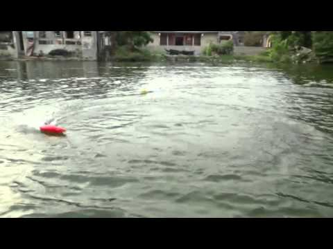 WL911 RC Speed Boat with best boat motor