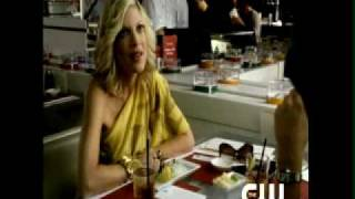 Tori Spelling returns to 90210