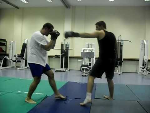 Training Sparring - Kickboxing Image 1