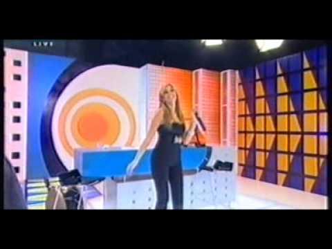Dana halabi singing bos alaya live at micho show 2006••