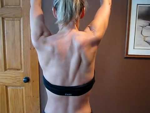 Long Thoracic Nerve Damage with Scapular Winging - YouTube