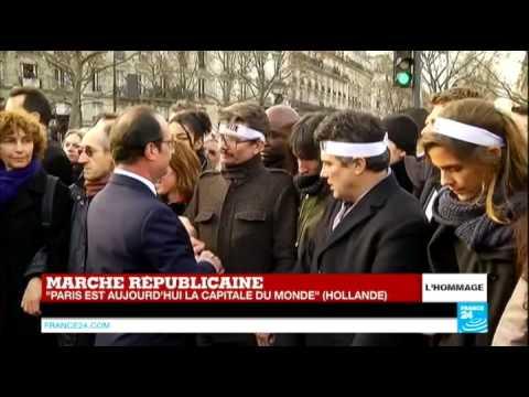 François Hollande rend hommage aux familles et proches des victimes de Charlie Hebdo