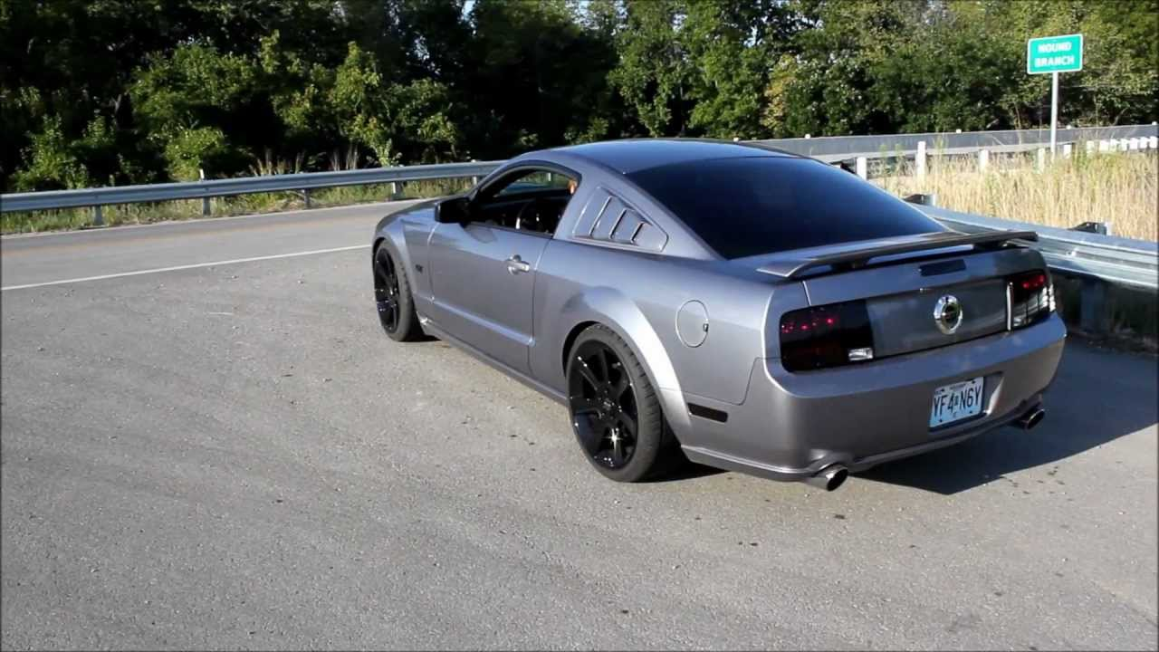 2007 Mustang >> Cammed 2007 Mustang GT Borla Exhaust - YouTube