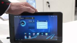 LG Optimus Pad (Tablet PC) at Mobile World Congress 2011 - notebookjournal.de
