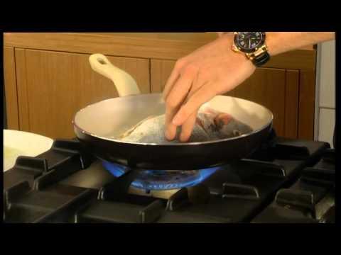 Dite e Re Weekend- Si të gatuajmë peshk të mbushur- RTV Ora News