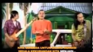 Watch Padi Sahabat Selamanya video
