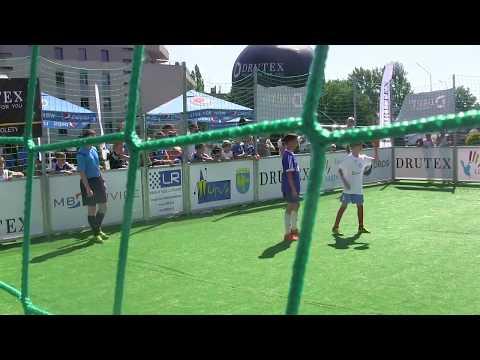CZ10-Kuba Cup 2017-W Opola u Kuby Błaszczykowskiego z FA Bolesławiec-I mecz-Sevilla vs Zagrzeb-I poł