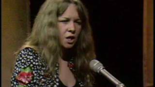 Watch Sandy Denny Late November video