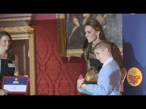 Kate hosts children's mental health awards at Kensington Palace