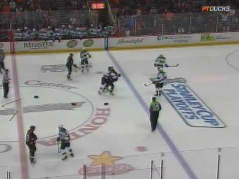 Joe Thornton vs Ryan Getzlaf Apr 27, 2009 Video