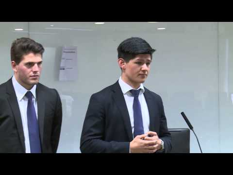 HSBC / HKU Asia Pacific Business Case Competition 2015 Round 3C1 The University of Sydney