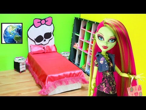 How to make a universal MONSTER HIGH DOLL BED- Doll Crafts